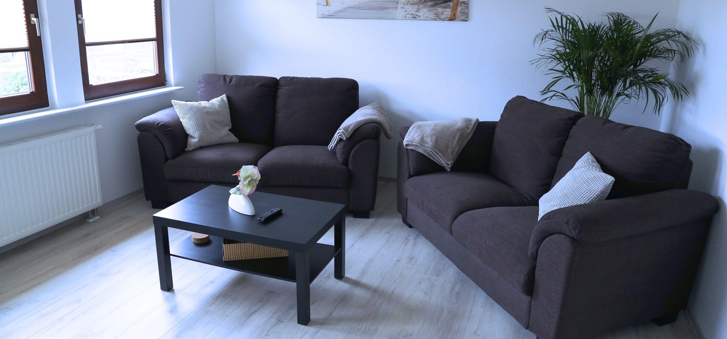 ferienwohnung hinz in neu l dershagen bei stralsund. Black Bedroom Furniture Sets. Home Design Ideas